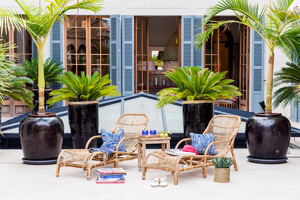 Turn your homes terraces patios or balconies into chic and relaxed outdoor rooms with our high quality garden furniture and stylish accessories
